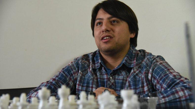 Andrés Aguilar es el 1er comodorense y 2do chubutense en consagrarse Maestro FIDE.