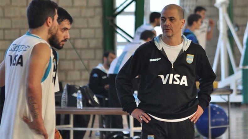 Hernández anunció la preselección para disputar la Copa América en Bahía Blanca