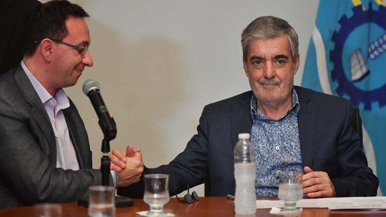 Das Neves con el intendente de Trelew
