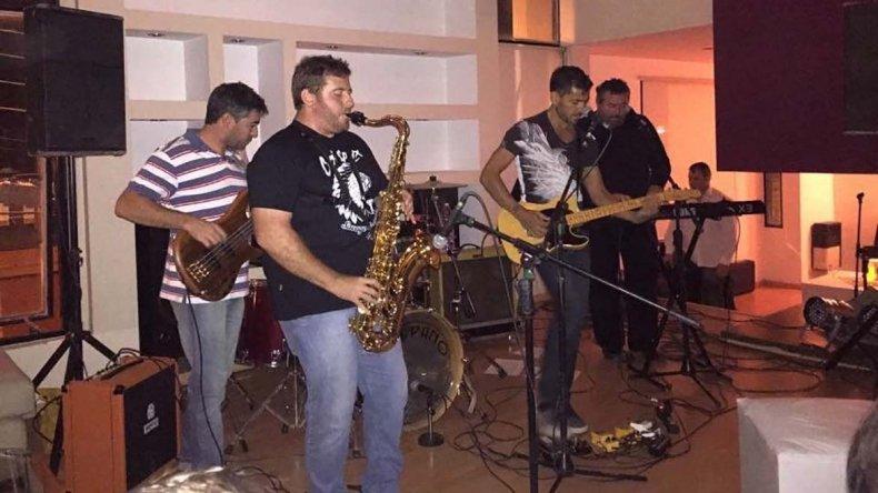 La banda de rock Pasternak se presentará el viernes 21.