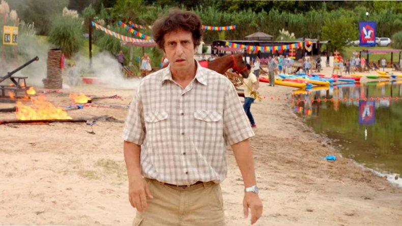 Diego Peretti protagoniza junto a Carla Peterson Mamá se fue de viaje.