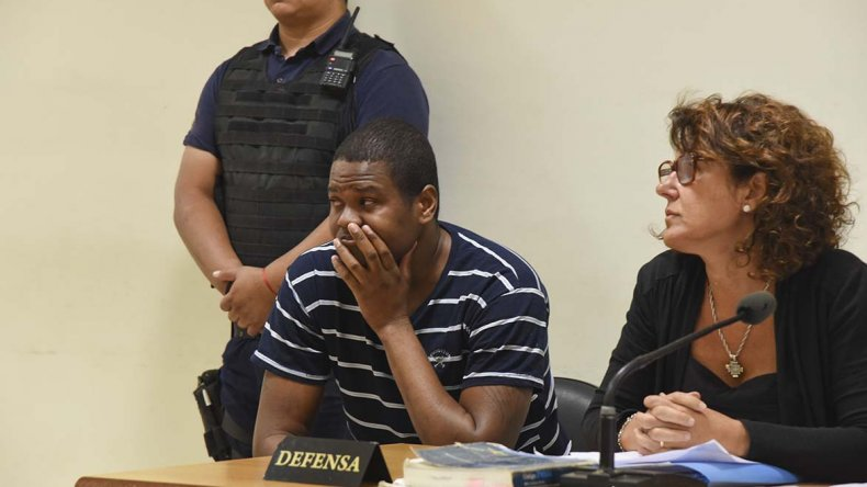 El colombiano Juan Carlos Cuellar Gamboa aceptó una probation en una causa por robo y estafa donde fue procesado junto a César Chatrán Hernández.
