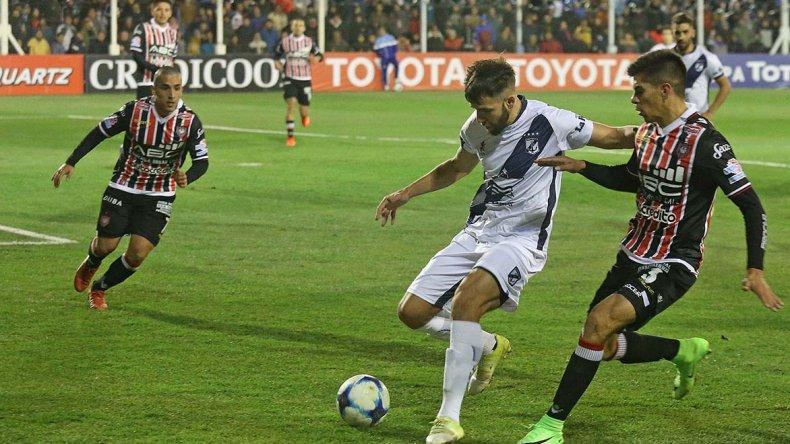 Guillermo Brown de Puerto Madryn viene de vencer en Cutral Co a Chacarita por la Copa Argentina.