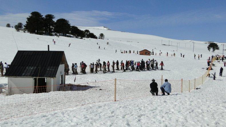 El Parque de Nieve Batea Mahuia es administrado por la Comunidad Mapuche Puel.