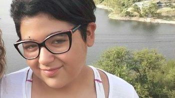 valentina viaja para tratar su malformacion pero necesita ayuda