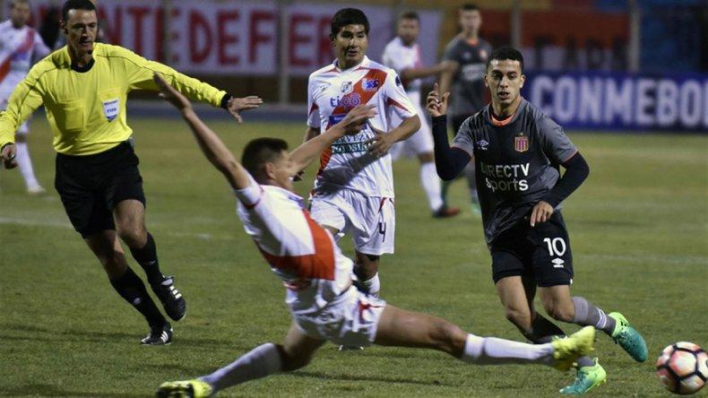 Estudiantes logró una gran victoria en Bolivia.
