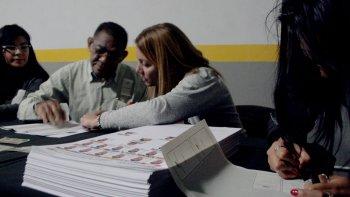 venezolanos que residen en esta ciudad tambien votaran la consulta popular