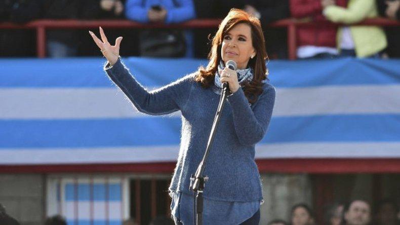 Cristina lanzó su campaña con un acto en Mar del Plata