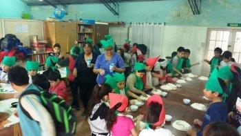 Cocineritos representa una de las propuestas que se desarrolla en los CPB durante las vacaciones de invierno.