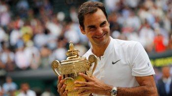 Roger Federer también logró conquistar el título sin perder un set, algo que ya había conseguido en Australia 2007, e igualó la gesta del sueco Bjorn Borg en 1976.