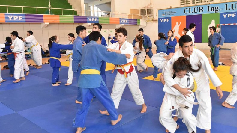El judo tuvo ayer en el Complejo Huergo una importante convocatoria.