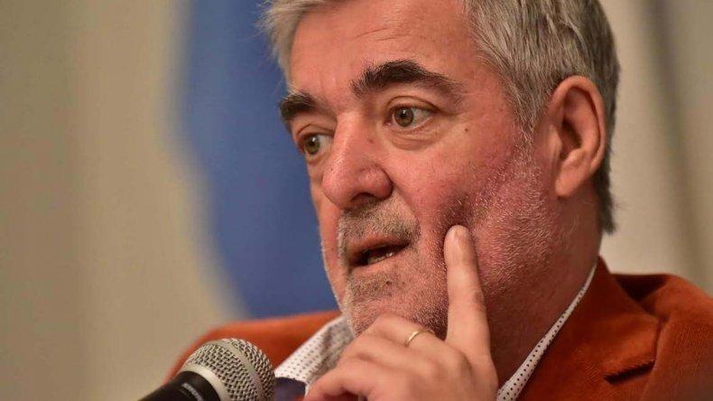 Das Neves aseguró que la situación económica que vive el país ha afectado principalmente al interior.