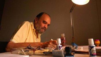 Roberto Fontanarrosa era disciplinado en su trabajo. Se imponía un horario para escribir y dibujar.