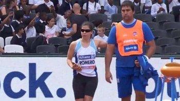 Florenzia Romero junto a su entrenador, en Londres.