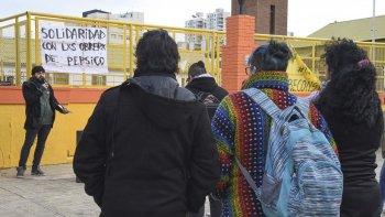 Con discursos y panfleteada ayer organizaciones sociales repudiaron la represión a los trabajadores de PepsiCo.