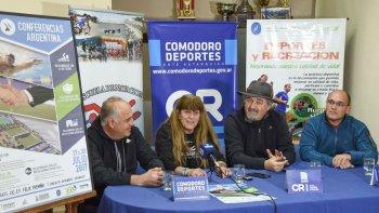 Javier Lancelotti, Nancy Regina, Othar Macharashvilli y Marcelo Leiva,  en la presentación realizada ayer en el gimnasio municipal 1.