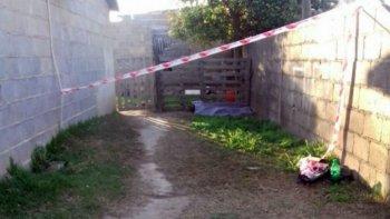 hallan muerta a una nena de 5 anos en el patio de una casa