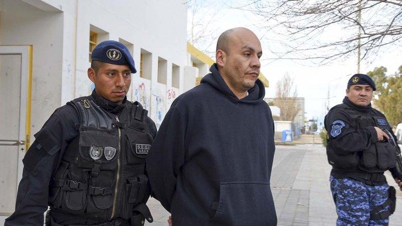 Los colombianos que duplicaban tarjetas de débito y crédito fueron imputados por defraudación especial y les dictaron seis meses de preventiva.