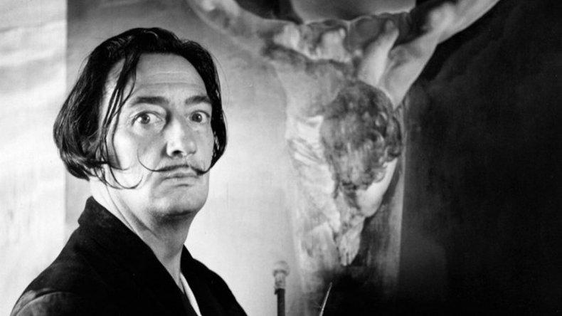 La Fundación Dalí calificó de violenta la exhumación del pintor
