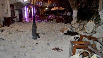 fuerte terremoto sacudio a grecia y turquia: hay al menos dos muertos
