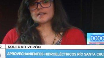 La joven Soledad Verón, residente en Río Gallegos, dijo que la construcción de las represas no traerá una solución a la crisis económica, social y laboral.