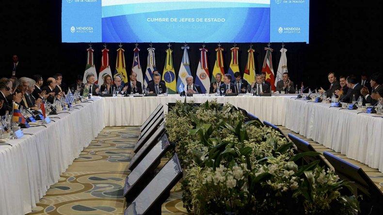La Cumbre del Mercosur en Mendoza optó por no injerir en el gobierno de Venezuela