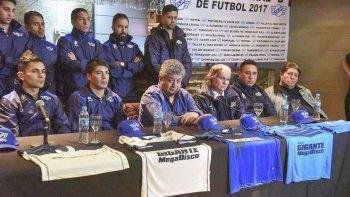 El presidente Javier Moyano se mostró ansioso de cara al debut.