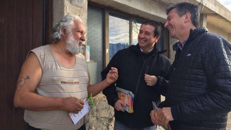 El recorrido de Gustavo Menna por los barrios para mantener un contacto cara a cara con los ciudadanos.