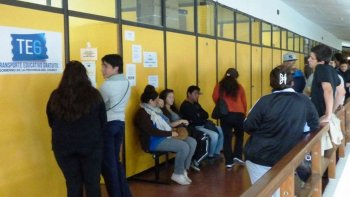 analizan limitar el transporte educativo gratuito en 2018