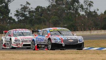 Gastón Crusitta se encamina a la victoria en el autódromo de Concordia.