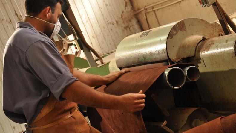 La marroquinería es uno de los sectores más afectados en la producción de las Pymes industriales.