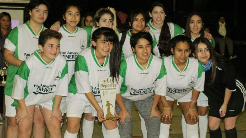 Las chicas del Gimnasio 3, campeonas en Madryn