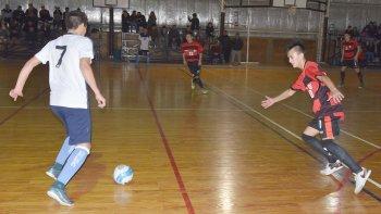 Se jugaron 12 partidos de la Asociación Promocional de Fútbol de Salón de Comodoro Rivadavia el último fin de semana.