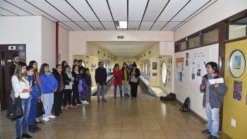 En el segundo piso de la Universidad ayer hubo un homenaje al estudiante cruelmente asesinado.