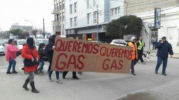 en km 14 hace diez anos que reclaman por el  gas