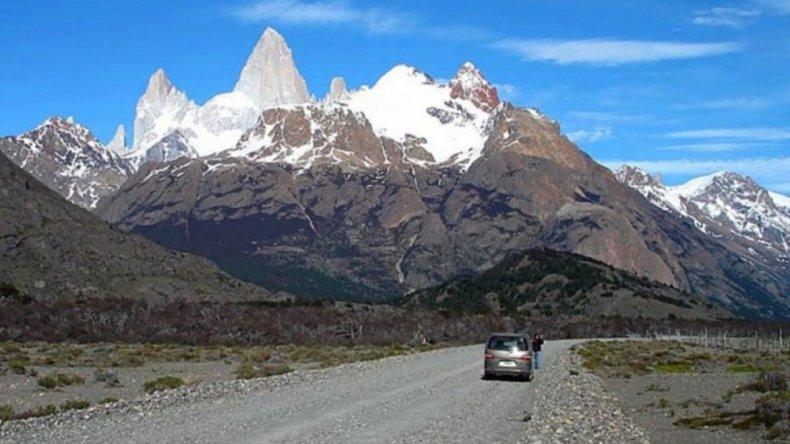 El trayecto cordillerano de 32 kilómetros presenta vistosos atractivos naturales