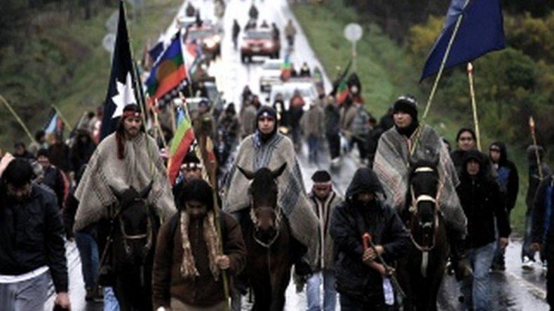 Crece un 50% la cantidad de chilenos que se asumen como indígenas