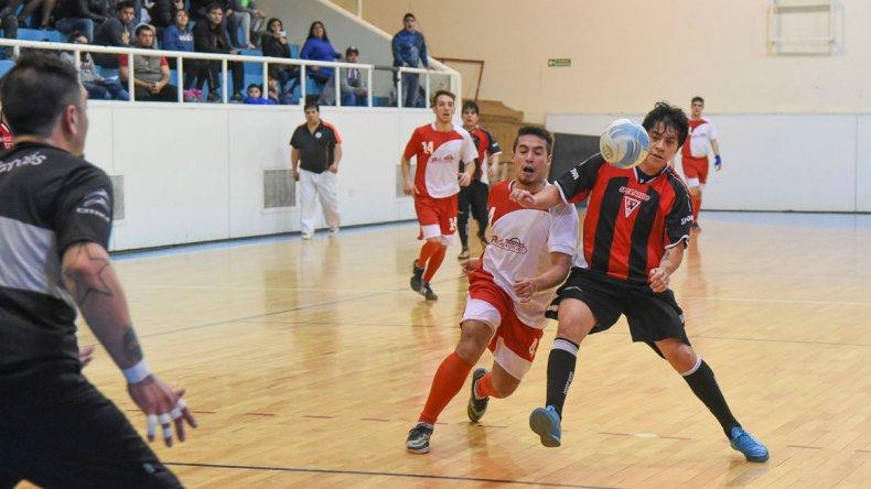 Esta noche continuará toda la definición del torneo Apertura de fútbol de salón.