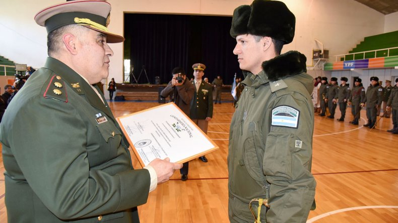 El Escuadrón 41 de la Gendarmería Nacional reconoció a su personal en el 79 aniversario de la fuerza.