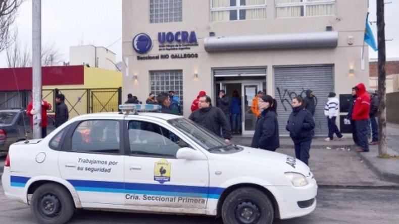 Tres detenidos por peleas entre facciones de la UOCRA