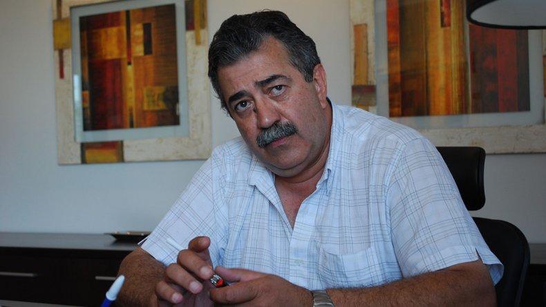 Héctor González.