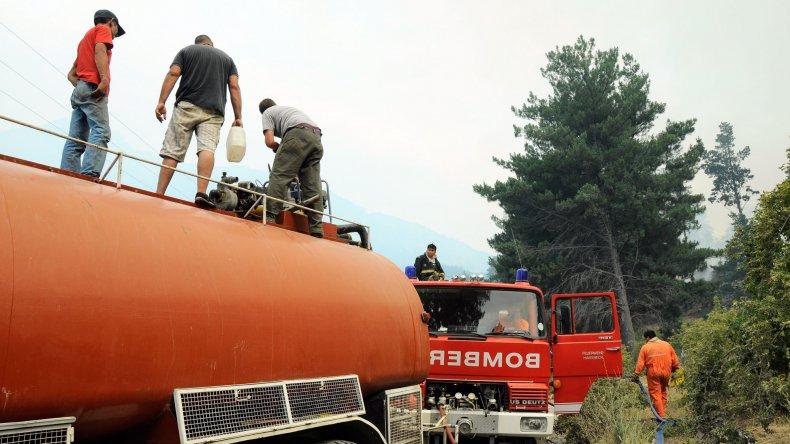 Preocupación de bomberos de la cordillera por falta de aportes del Estado provincial