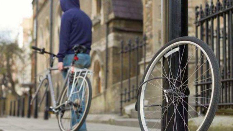 Lo investigarán por el hurto de una bicicleta