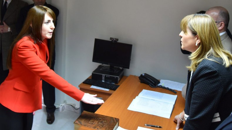 La jueza federal Marta Yáñez tomó juramento a la flamante secretaria penal de ese foro