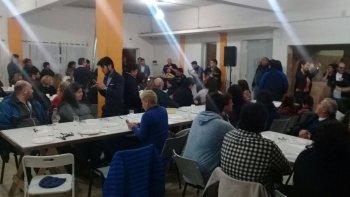 El encuentro que Ricardo Fueyo mantuvo ayer con militantes en Sarmiento.
