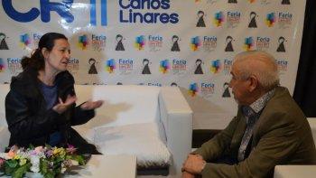 Liliana Bodoc fue una de las autoras destacadas en la anteúltima jornada de la Feria del Libro. Presentó su libro Tiempo de Dragones: La profecía imperfecta.