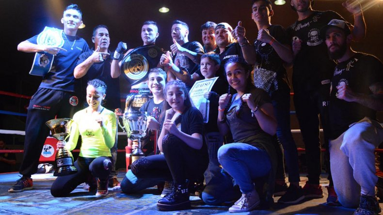 Todos los destacados de la 3° edición del festival de kick boxing que tuvo lugar el sábado en el municipal 1.