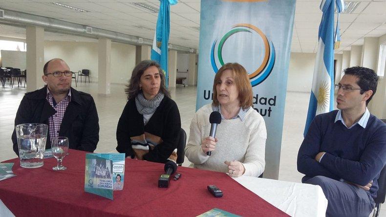 Autoridades de la Universidad de Chubut explicaron sus planes para Esquel durante 2018.