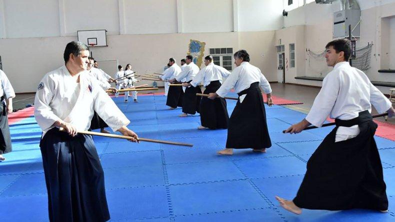 El aikido tuvo una cita por demás importante en la Escuela 707 de Kilómetro 8.