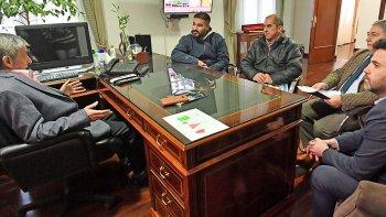 El gobernador Mario Das Neves recibió ayer a extrabajadores de Pepsi Trelew.